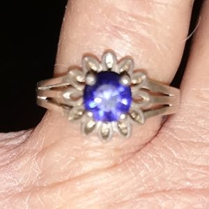 Vintage Sapphire and Sterling Silver Ring